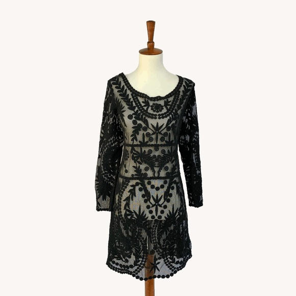 Anthropologie Dresses & Skirts - Lace Dress